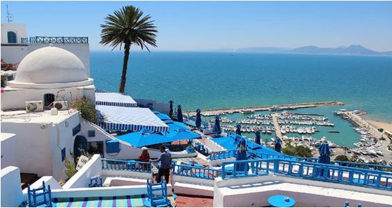 Tunisia reopens border for tourist